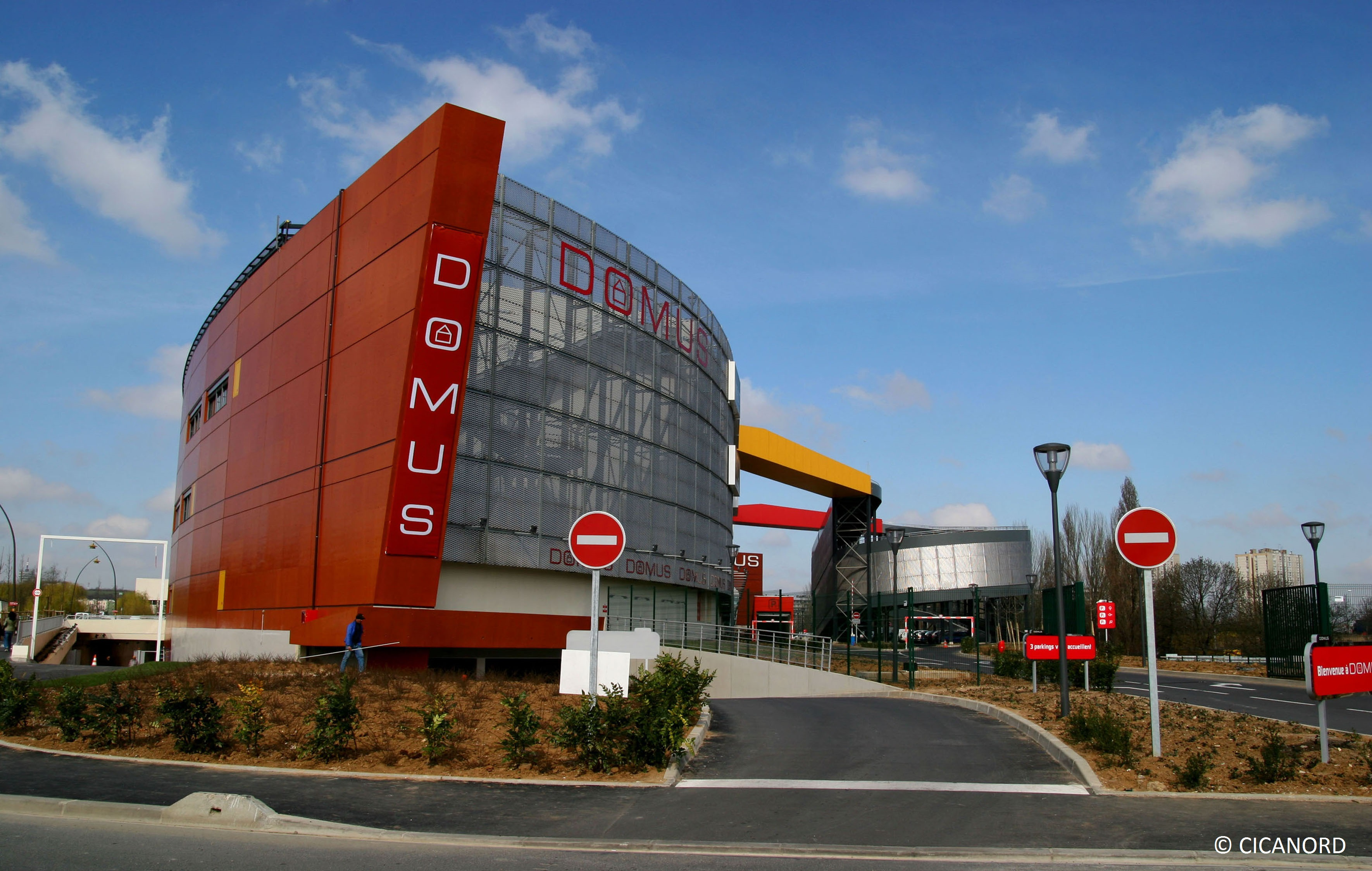 Centre commercial domus rosny sous bois cicanord for Parking exterieur paris